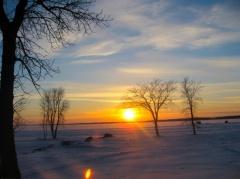 Beautiful sunset at Lake Manitoba Photo by Bogdan Fiedur